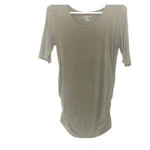 Tops - Green maternity shirt